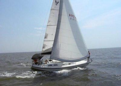 32′ 1987 Ericson Sloop